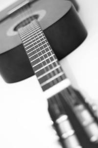 Guitar-1333353440ujZ
